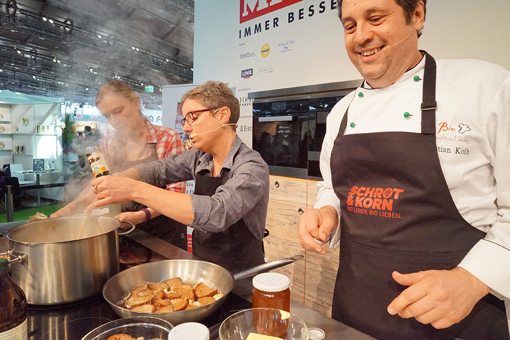 Frankfurter Buchmesse Captain's Dinner kocht auf der Bühne der Gourmet Gallery
