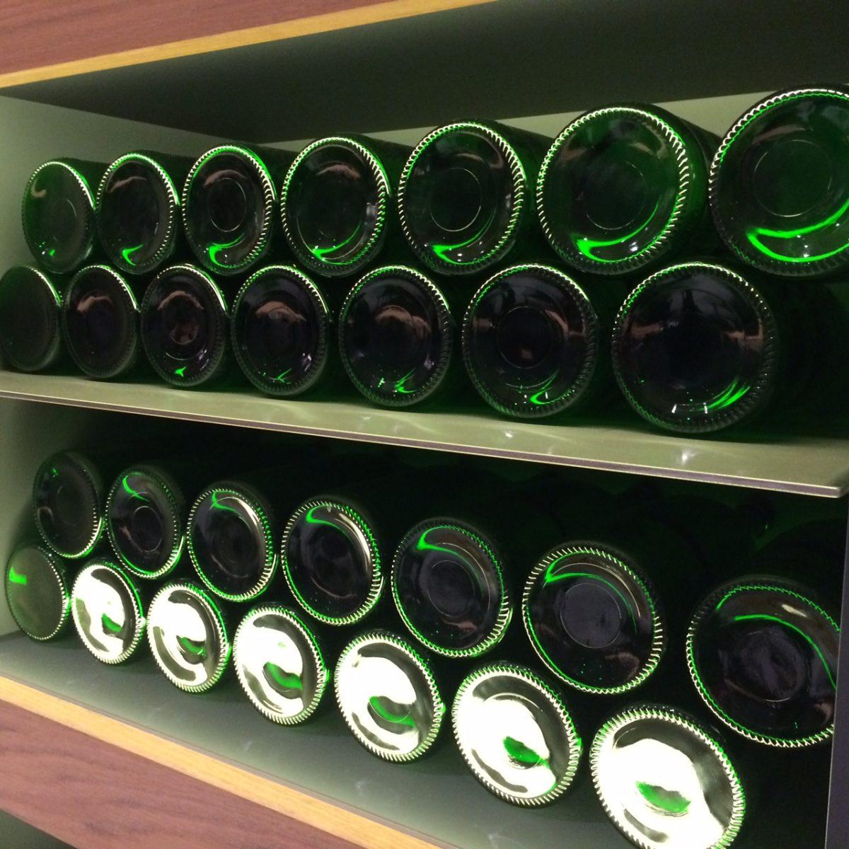 Grüne Weinflaschen