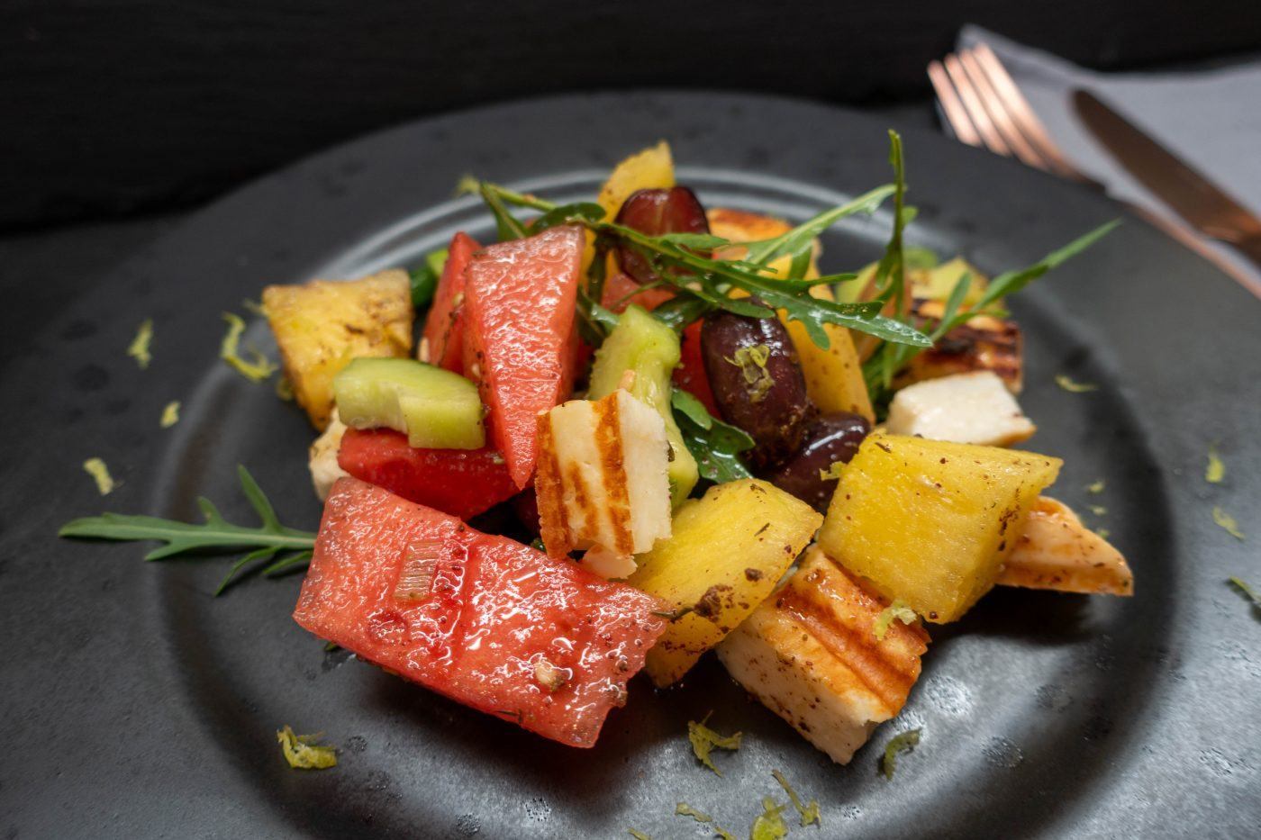 Summer salad with watermelon, halloumi and oriental spices